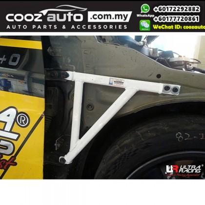 Chevrolet Cruze 2.0D 2008 2WD Ultra Racing Fender Bar / Ultra Racing Fender Brace (3 Points)